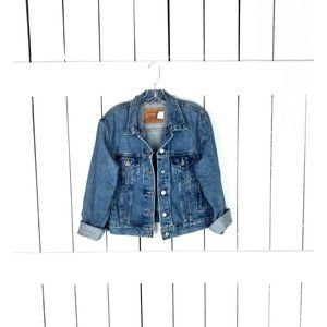 Levis faded blue jean denim jacket / made in the USA
